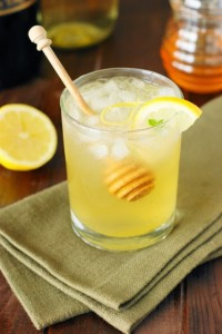 Moscato-Bees-Knees-Cocktail 3