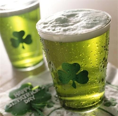 St-Patricks-Day_green-beer-e98f791b