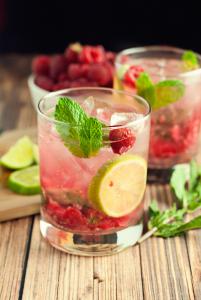 Raspberry-Mojito-Recipe-7